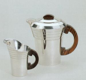 theiere et pot à lait